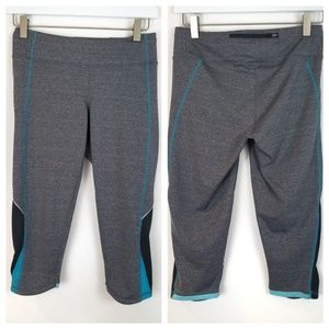 LUCY Tech Gray Blue Athletic Capri Pants Small